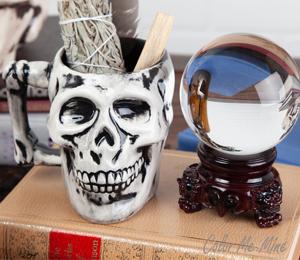 Daly City Antiqued Skull Mug